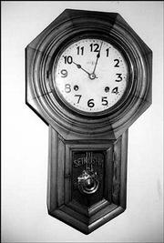 THIS OCTAGON-DROP CLOCK, sometimes called a school-house clock, was made by the Japanese clock company Seikosha. In 1924, the company started to make Seiko watches.