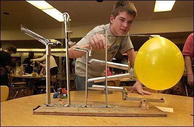 how to make a rube goldberg machine with 10 steps