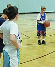 Hunter Dedloff prepares for a free throw.