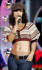 "Musician Alicia Keys appears on stage Wednesday during MTV&squot;s ""Total Request Live"" show at the MTV Times Square Studios in New York. Keys and her manager, Jeff Robinson, are forming a movie production company."
