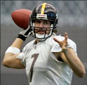 Pittsburgh Steelers quarterback Ben Roethlisberger throws a pass during a drill at practice. The Steelers prepared for the Feb. 5 Super Bowl by working out Friday in Pittsburgh.