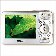 Nikon Coolpix S1 Digital Camera