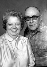 Laird Noller Lawrence >> Couples announcements / LJWorld.com