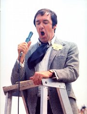 "Entertainer Jim Nabors sings the traditional ""Back Home Again in Indiana"" before the start of the 1972 Indianapolis 500, the first time Nabors visited the Indianapolis Motor Speedway."