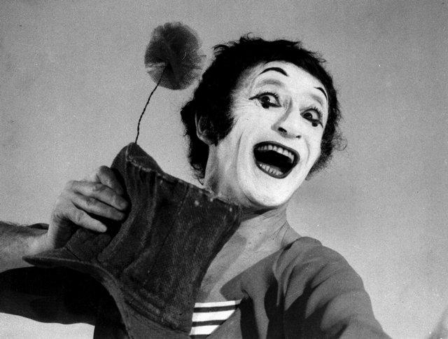 Mime artist - Wikipedia