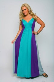 "A flowy maxi dress, like this one by designer Monif Clarke, offers the ""full-figured fashionista"" a sexy, cool look with coverage for those shy about showing skin, during the summer, and just enough shoulder for those who aren&squot;t."