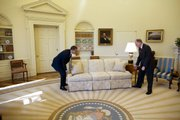 Photographer Pete Souza was there as the president got a helping hand from Vermont Gov. Jim Douglas.