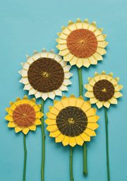 These beautiful sunflowers are easily made from paper plates, yarn and sticks.