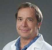 Dr. Richard Dell, an orthopedic surgeon at Kaiser Permanente in Downey, Calif.