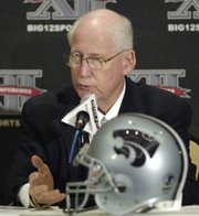 Kansas State coach Bill Snyder articulates a point Tuesday at Big 12 Football media days.