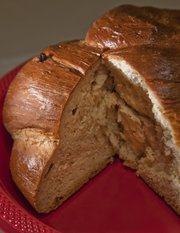 Golden Raisin Challah by Parvaneh Karch-Agnew.
