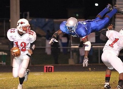 Highland C.C. linebacker Tunde Bakare was one of 27 members of the Kansas football 2011 signing class.
