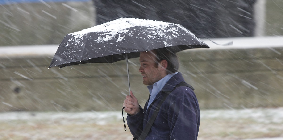 Rain Snow Sleet Fall In Lawrence Feb 24 Ljworld Com