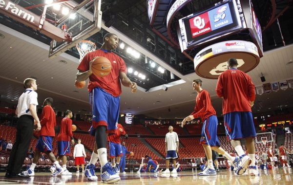 Kansas forward Thomas Robinson warms up with his teammates prior to tipoff against Oklahoma on Saturday, Feb. 26, 2011 at the Lloyd Noble Center in Norman, Okla.