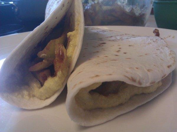 Finished fajita pepper soft tacos.