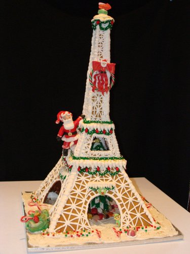 This beautiful Eiffel Tower was made by the Pink Box Bakery.