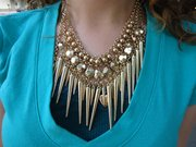 Spotted: Stacked necklace, a summer layering solution