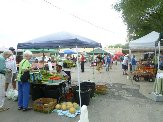Celebrate National Farmers Market Week at Cottin&#39;s Hardware Farmers Market, Thursday 4:00 pm - 6:30 pm.