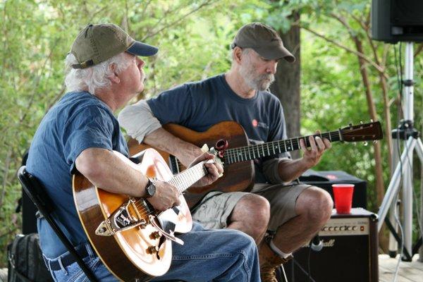 Musicians John Lomas and Bill Crahan