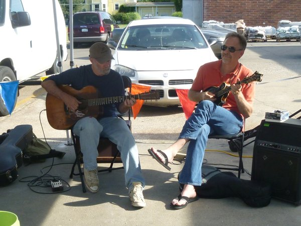 Scott Tichenor and Bill Crahan play regularly at Cottin's Hardware Farmers Market.