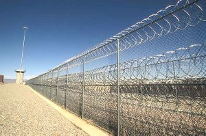 What a real border fence should be like... not that glorified Erector Set project that President George W. Bush wasted money on.