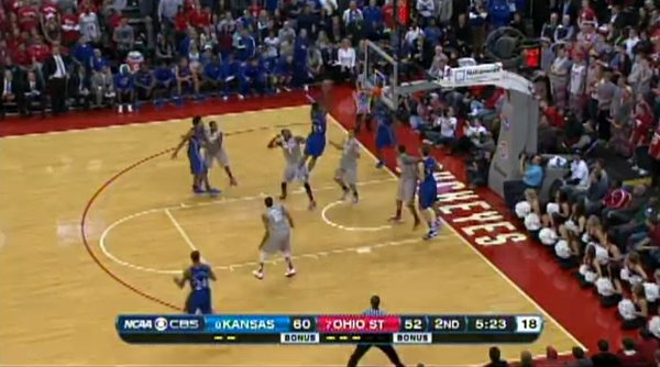 McLemore alley-oop.