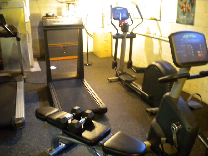 HCA patients: come join us for a free workout in our new exercise area!