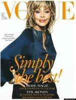 oldest Vogue covergirl ever