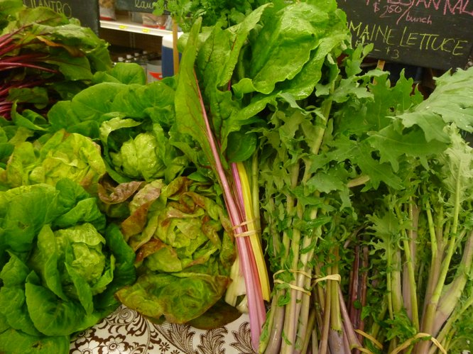 Lettuce and Greens Abound at Cottin's Hardware Farmers Market!