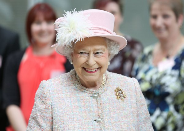 Britain's Queen Elizabeth II during a visit to the Medical Research Council in Cambridge, England, Thursday, May 23, 2013. (AP Photo / Chris Radburn, Pool)