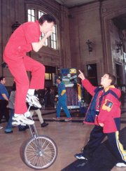 Brian Wendling will perform a juggling act at Busker Fest.