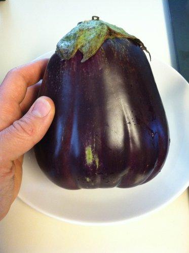 Such a pretty eggplant.