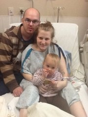 Jason Parker and Bailey Pape with their daughter, Grace, at Overland Park Regional Medical Center