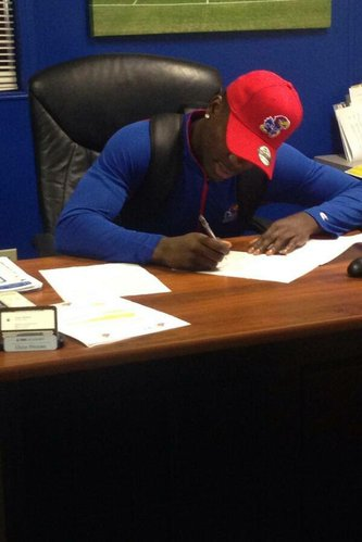 DB Matthew Boateng was the first new Jayhawk to sign his letter of intent this morning.