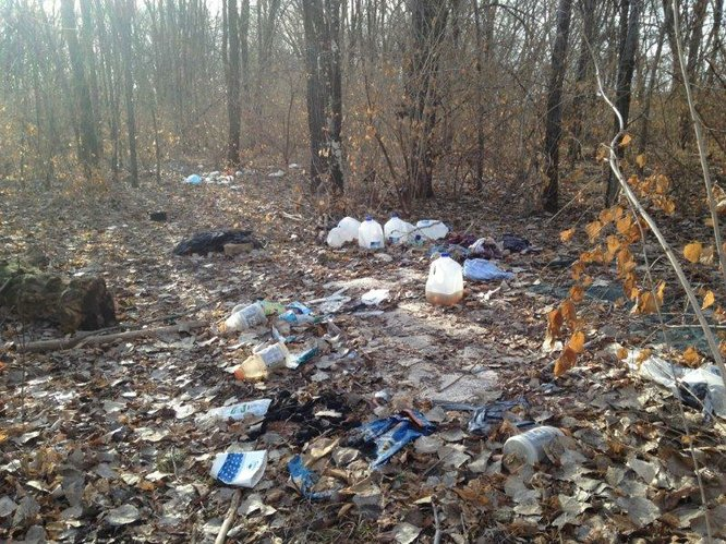 Beautiful area near Kansas River is in need of cleanup. Uploaded