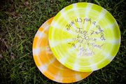 Send out your party invitations on a Frisbee