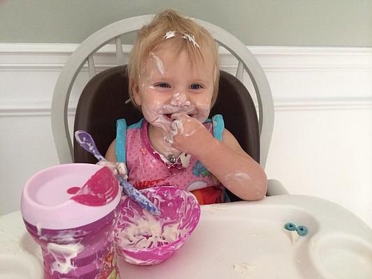 B prefers to wear her non-organic yogurt.