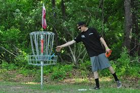 disk golf image