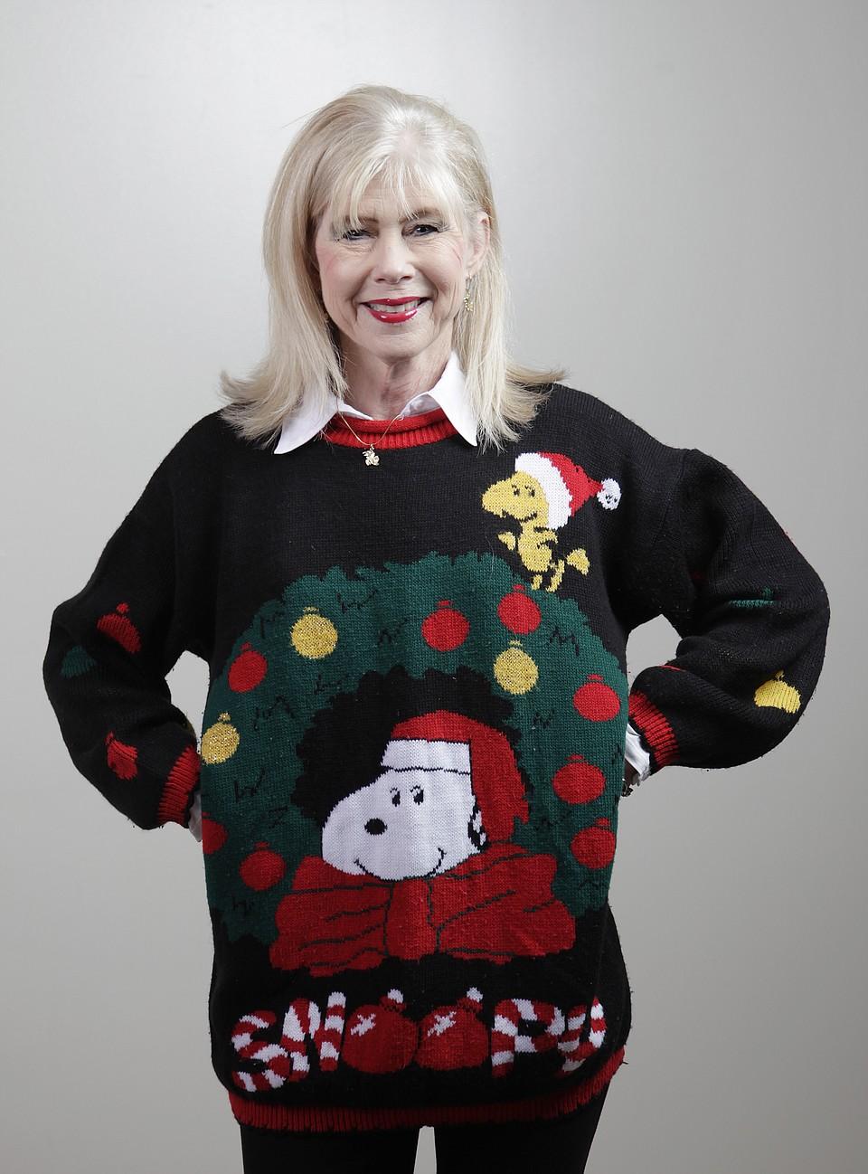 KU attempts holiday sweater world record   KUsports.com