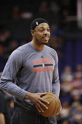 Los Angeles Clippers' Paul Pierce warms up prior to an NBA basketball game against the Phoenix Suns Wednesday, April 13, 2016, in Phoenix. (AP Photo/Ross D. Franklin)