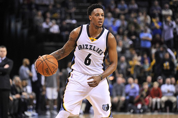 FILE — Former Memphis Grizzlies guard Mario Chalmers (6) plays in the second half of an NBA basketball game Friday, Jan. 8, 2016, in Memphis, Tenn. (AP Photo/Brandon Dill)