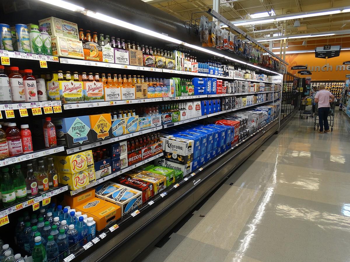 Liquor Stores in Kansas City, KS | Rogers Wholesale Liquor Store, Village  West Discount Liquors, Top Hat Liquor Store Kansas City, Warczakoski Retail  Liquor ...