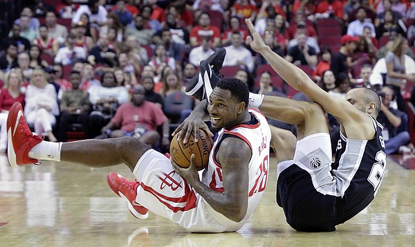 Houston Rockets forward Tarik Black (28) comes up with control of a loose  ball 776302170