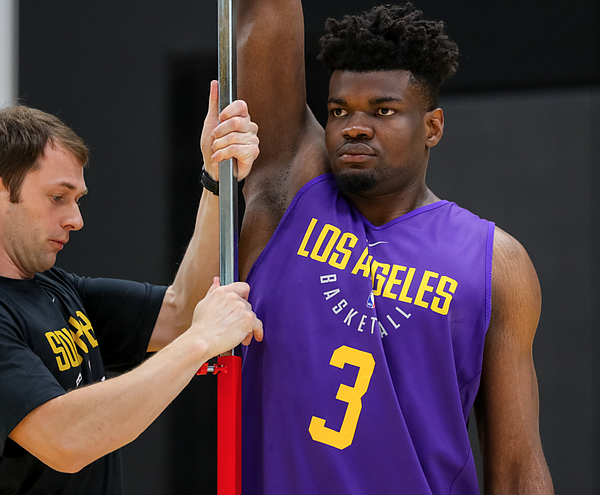 Udoka Azubuike being measured at the Lakers' facility in El Segundo, Calif. (Photo by Ty Nowell, Los Angeles Lakers/nba.com)