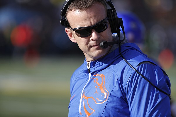 Boise State head coach Bryan Harsin against Oregon during the first half of the Las Vegas Bowl NCAA college football game Saturday, Dec. 16, 2017, in Las Vegas. (AP Photo/John Locher)