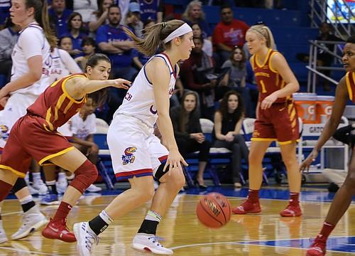 Kansas women's basketball team falls short against Oklahoma State