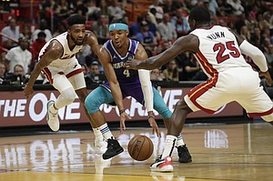 Hornets Don T Expect Devonte Graham S Role To Change After Selecting Lamelo Ball With No 3 Pick Jackson S Journal Kusports Com Mobile