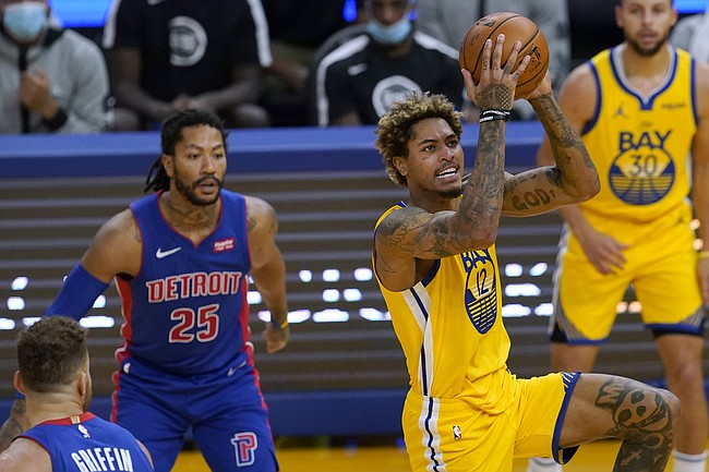 Golden State Warriors guard Kelly Oubre Jr. (12) shoots against the Detroit Pistons during the second half of an NBA basketball game in San Francisco, Saturday, Jan. 30, 2021. (AP Photo/Jeff Chiu)